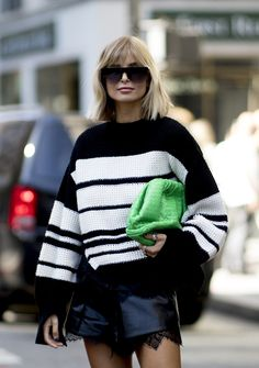 New York Fashion, Knit Fashion, Girl Fashion, How To Make Clothes, Mode Inspiration, Petite Fashion, Trendy Hairstyles, Street Style, Hair And Beauty