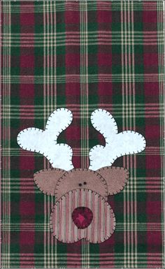 P04 Reindeer Patternlet- small tea towel pattern using fusible applique.  Great for Christmas gifts!