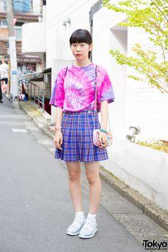 Harajuku Girl in Tie Dye & Plaid Skirt