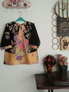 Batik Blazer, Blouse Batik, Batik Dress, Big Size Fashion, Batik Kebaya, Batik Fashion, Brokat, Baju Kurung, Blouse And Skirt