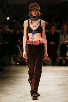 http://www.vogue.com/fashion-shows/fall-2017-ready-to-wear/prada/slideshow/collection