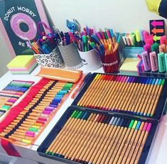 This is how your school supplies shod look like because if you have cool supplies then you won't be focusing on your work. Stationary Store, Stationary School, Cute Stationary, Cute School Supplies, Craft Supplies, School Suplies, Stabilo Boss, School Notes, Study Motivation