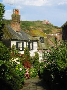 UK GETAWAY: Church Passage, Hastings, East Sussex I love the village of Hastings in England! England And Scotland, England Uk, Hastings Old Town, Hastings England, Beautiful World, Beautiful Places, English Village, English Cottages, Country Cottages