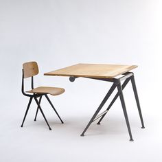 Drafting table with fully adjustable top, designed by Wim Rietveld with (technical advisory by) Friso Kramer manufactured and distributed by De Cirkel in 1968.
