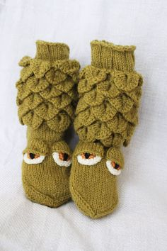 Crocodile Stitch, Knit Crochet, Winter Hats, Slippers, Dragon, Sewing, Knitting, Children, Diy