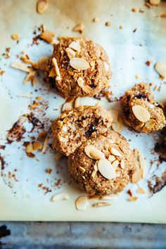 This Rawsome Vegan Life: QUICK ALMOND BUTTER COOKIES