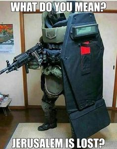 When Deus Vult is life Military Humor, Body Armor, Paladin, Tactical Gear, Best Funny Pictures, Funny Pics, Funny Stuff, Arsenal, Survival