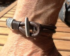Mode de mens bijoux, bracelets mode pour homme, Bracelets en cuir, bijoux de mode, mens fashion, tendances pour homme, masculine, mâle bijoux, cadeaux