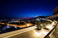 The Rooftop of Hilton Athens. Restaurant Bar, Athens, Rooftop, Mansions, House Styles, Home Decor, Rooftops, Decoration Home, Manor Houses