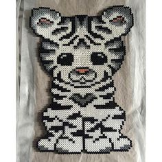 White tiger hama beads by  sckazie_micka - Pattern: https://de.pinterest.com/pin/374291419013031036/