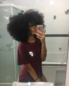 """Wish my hair was like this"" Pelo Natural, Natural Hair Tips, Natural Hair Inspiration, Natural Hair Journey, Natural Hair Styles, Big Hair, Your Hair, Pelo Afro, Curly Girl"