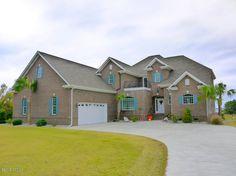 228 Royal Oaks Ct, Swansboro, NC 28584