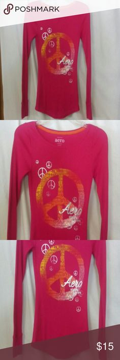 """Aero women's size medium thermal style shirt Barely worn, hot pink and orange, peace sign, long sleeve, stretch, cotton, polyester and spandex, chest 32"""", length 26"""" Aero Tops"""