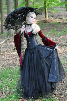 Gothic Maria Amanda