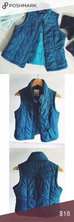 Sonoma Life + Style Puffer Vest Beautiful, deep real color and in EUC! Perfect for layering and cuddling up in the cool weather months! Gently used. Great condition. Sonoma Jackets & Coats Vests