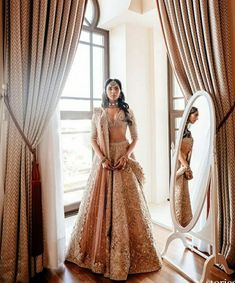 Pernia Qureshi's Wedding Outfits are designed by premium Pakistani bridal designers. All of the wedding photos from Turkey + some outfit detals in this post Wedding Looks, Bridal Looks, Bridal Style, Desi Wedding, Sangeet Outfit, Mehendi Outfits, Pakistani Bridal, Bridal Lehenga, Indian Bridal