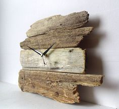 Driftwood Clock Wall Beach Clock Recycled Wood by NaturalClocks Wall Clock Project, Wall Clock Design, Clock Wall, Rustic Wall Clocks, Wood Clocks, Pallet Clock, Diy Wood Wall, Diy Clock, Recycled Wood