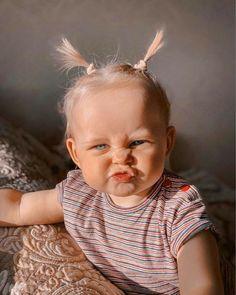 Baby Girl Pictures, Cute Baby Pictures, Cute Baby Girl Outfits, Cute Baby Clothes, Cute Funny Babies, Cute Kids, Funny Baby Faces, Cute Little Baby, Little Babies