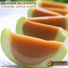 Amazing Caramel Apple Jello Shots - I can't even describe just how good these are! #jelloshots #caramelapple #camping