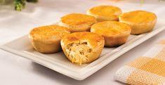 Empadas batata doce e frango Ingredientes: 1 batata doce grande 100g de frango 1/4 courgette 2 claras de ovo 1 colher de sopa de queijo quark Sal q.b. Pimenta q.b. Alho em pó q.b. Ervas de Provence q.b.