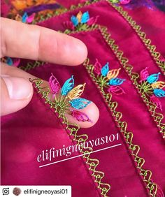 Saree Kuchu Designs, Bargello, Filet Crochet, Diy Gifts, Diy And Crafts, Projects To Try, How To Make, Dfs, Instagram