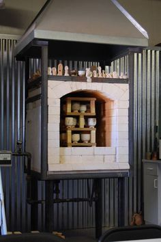 Small gas kiln - Michael Coffee