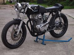 Honda: Honda CB350 Cafe Fantastic Motorcycle, The Vintage Motorcycles Cb350 Cafe Black Edition with Block Engine Chrome