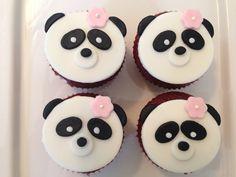 panda fondant cupcake