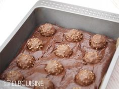 Quick Cake - 10 minutes Rocher brownie- Schneller Kuchen – 10 Minuten-Rocher-Brownie The Rocher brownie – a real treat and … - No Bake Desserts, Delicious Desserts, Yummy Food, Brownies, Brownie Cake, Baking Recipes, Cake Recipes, Dessert Recipes, Quick Cake