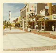 East side of Third Street Mall (1200 block) looking north from Arizona Ave. on February 14, 1970. :: Santa Monica Image Archive