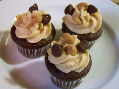 Peanut butter buttercream icing | One Ordinary Day