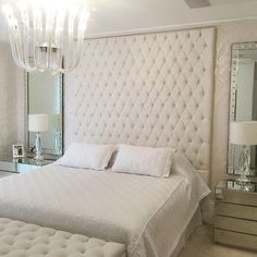 Need more white inspirations? Click and get inspired by Circu luxury with furniture for kids' bedrooms: CIRCU. Luxury Bedroom Design, Hotel Room Design, Bedroom Furniture Design, Master Bedroom Design, Home Decor Furniture, Interior Design Living Room, Bedroom Decor, Suite Principal, Beautiful Bedroom Designs