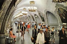 National Geographic visits the USSR | The subway system in Moscow