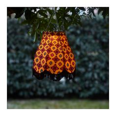 IKEA SOLVINDEN LED solar-powered pendant lamp Easy to use because no cables or plugs are needed. Balcony Furniture, At Home Furniture Store, Modern Home Furniture, Outdoor Pendant Lighting, Led Pendant Lights, Pendant Lamp, Decorative Lighting, Ikea Outdoor, Outdoor Decor
