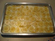 cuca de banana (farofa e bolo)