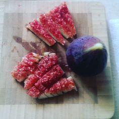 Nothing brightens my yogurt like fresh figs from the tree.  #urbangarden #breakfast