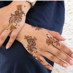 Henna Hand Designs, Mehndi Designs Finger, Floral Henna Designs, Arabic Henna Designs, Modern Mehndi Designs, Mehndi Design Photos, Mehndi Designs For Fingers, Beautiful Henna Designs, Bridal Mehndi Designs