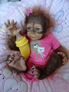 reborn Monkey.ope its ok to pin these.I love the reborn dolls & Monkeys