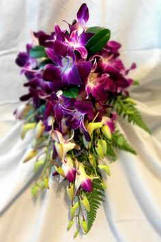 Wedding Flowers Singapore Orchids Keywords: #singaporeweddings #jevelweddingplanning Follow Us: www.jevelweddingplanning.com  www.facebook.com/jevelweddingplanning/
