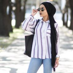 photo by @mishaartistry. hijab fashion.