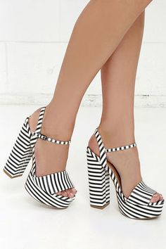 Chinese Laundry Abie Black and White Striped Platform Sandals at Lulus.com!