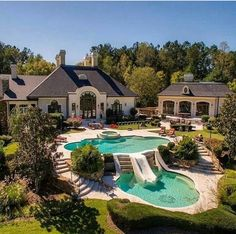 That's my dream home backyard goals! That's my dream home backyard goals! Dream Home Design, My Dream Home, House Design, Spa Design, Design Ideas, Dream Mansion, Luxury Homes Dream Houses, Luxury Pools, Luxury Swimming Pools