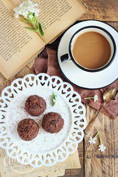 4 O'clock Pick-me-up Chocolate Mocha Haystacks {vegan, grain free, gluten free}…