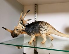 Styracosaurus Jurassic World Dinosaurs, Jurassic Park World, Dinosaur Crafts, Dinosaur Art, Paper Plate Animals, Dinosaur Images, Dinosaur Drawing, Extinct Animals, Prehistoric Creatures
