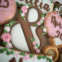 Sneak peek of a vintage wedding shower set using one of my favorite cutters...the ampersand from @semisweetmike  Have a  great weekend everyone!! #SugarCravings #decoratedcookies #customcookies #vintagecookies #weddingcookies