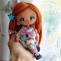 Голубоглазка скромная такая получилась)  #миниСладулька   #Сладулькиотириски   #авторскаякукла  #счастье_на_ладонях