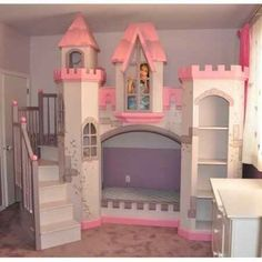 Beautiful castle bunk bed.