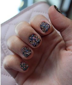 Check out these 15 manicures to try!