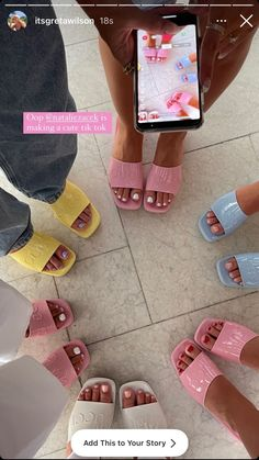 Aesthetic Shoes, Aesthetic Clothes, Good Energy, Dream Shoes, Summer Girls, Summer Time, Spring Summer, Shoe Game, Cute Shoes