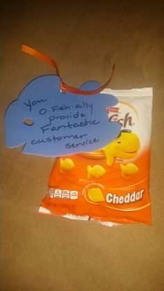 Staff Appreciation you are o-fish-ally appreciated as a member of our team! With cheese cracker gold fish Staff Gifts, Teacher Gifts, Team Gifts, Employee Morale, Staff Morale, Employee Recognition, Recognition Ideas, Customer Service Week, Incentives For Employees
